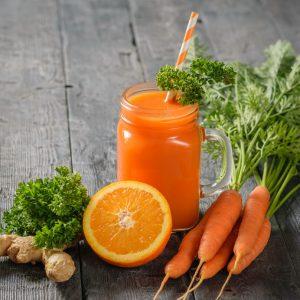 Сок от портокал, морков и джинджифил стопява излишните килограми